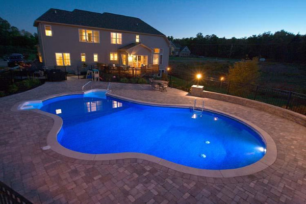Rusty's Pool-Spa and Backyard Design